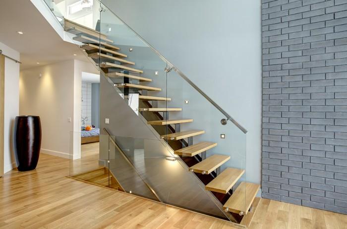 actualit s et nouvelles concernant les escaliers de beauce qu bec. Black Bedroom Furniture Sets. Home Design Ideas